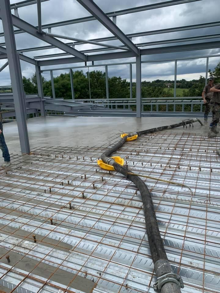 Concreting the 1st floor